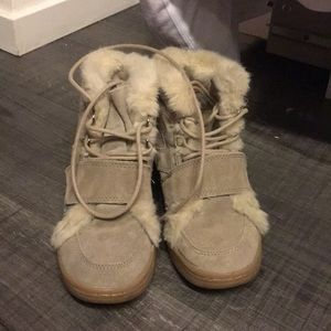 Zara Suede Sneaker Wedge with Fur 37